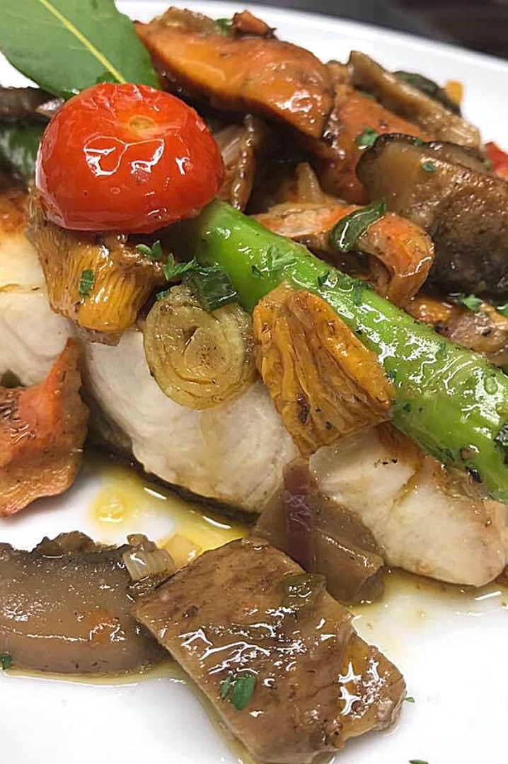 Serviola con setas de Temporada-Menús-La-Bottega-di-Michele